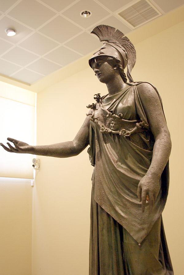 7362_-_Piraeus_Arch._Museum,_Athens_-_Athena_-_Photo_by_Giovanni_Dall'Orto,_Nov_14_2009